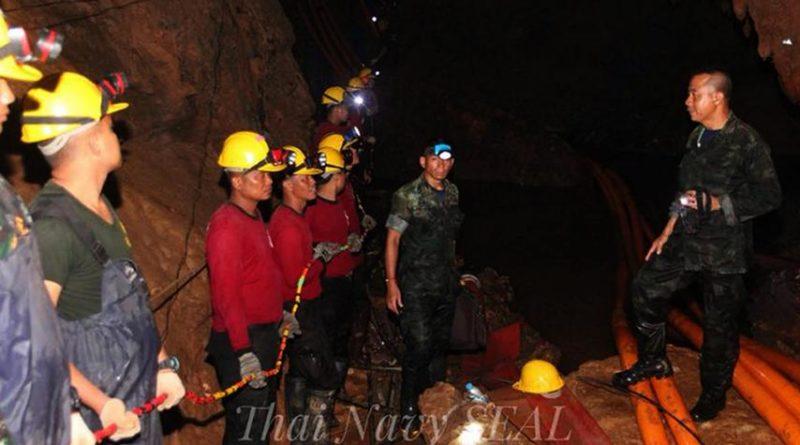 Tiempo 'limitado' para rescatar a menores de una cueva en Tailandia